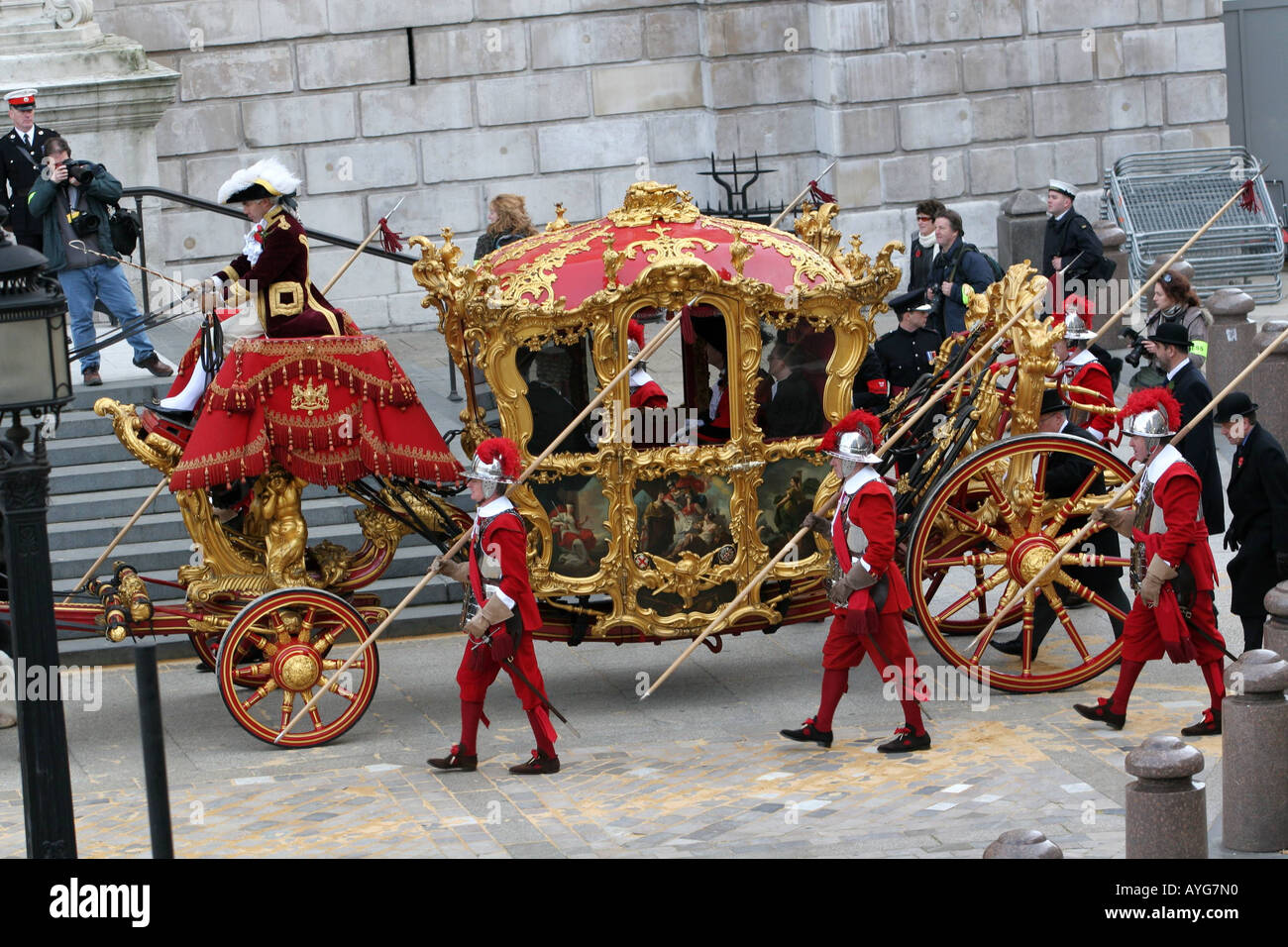 The golden coach belonging to The Lord Mayor of London leaves St Paul's Cathedral - Stock Image