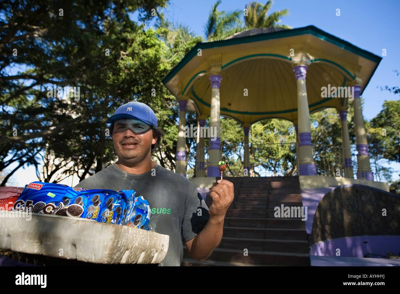Candy vendor and bandstand gazebo Jinotepe Nicaragua - Stock Image