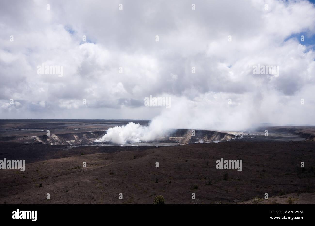 Halema'uma'u Crater on the Kilauea Caldera at Hawaii Volcanoes National Park, Island of Hawaii, United States - Stock Image
