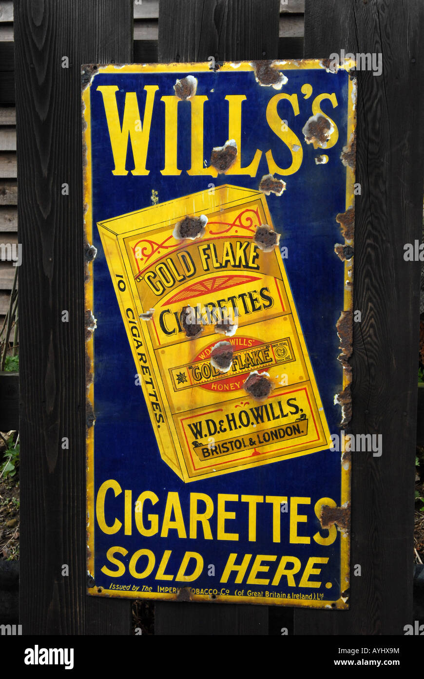 Blists Hill Victorian Town in Telford Shropshire Enamel advertising sign for Wills Gold Flake cigarettes - Stock Image
