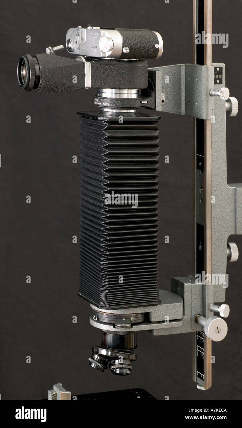 Leitz Aristophot macro photomicrography camera stand Leica body Visioflex housing bellows Stock Photo