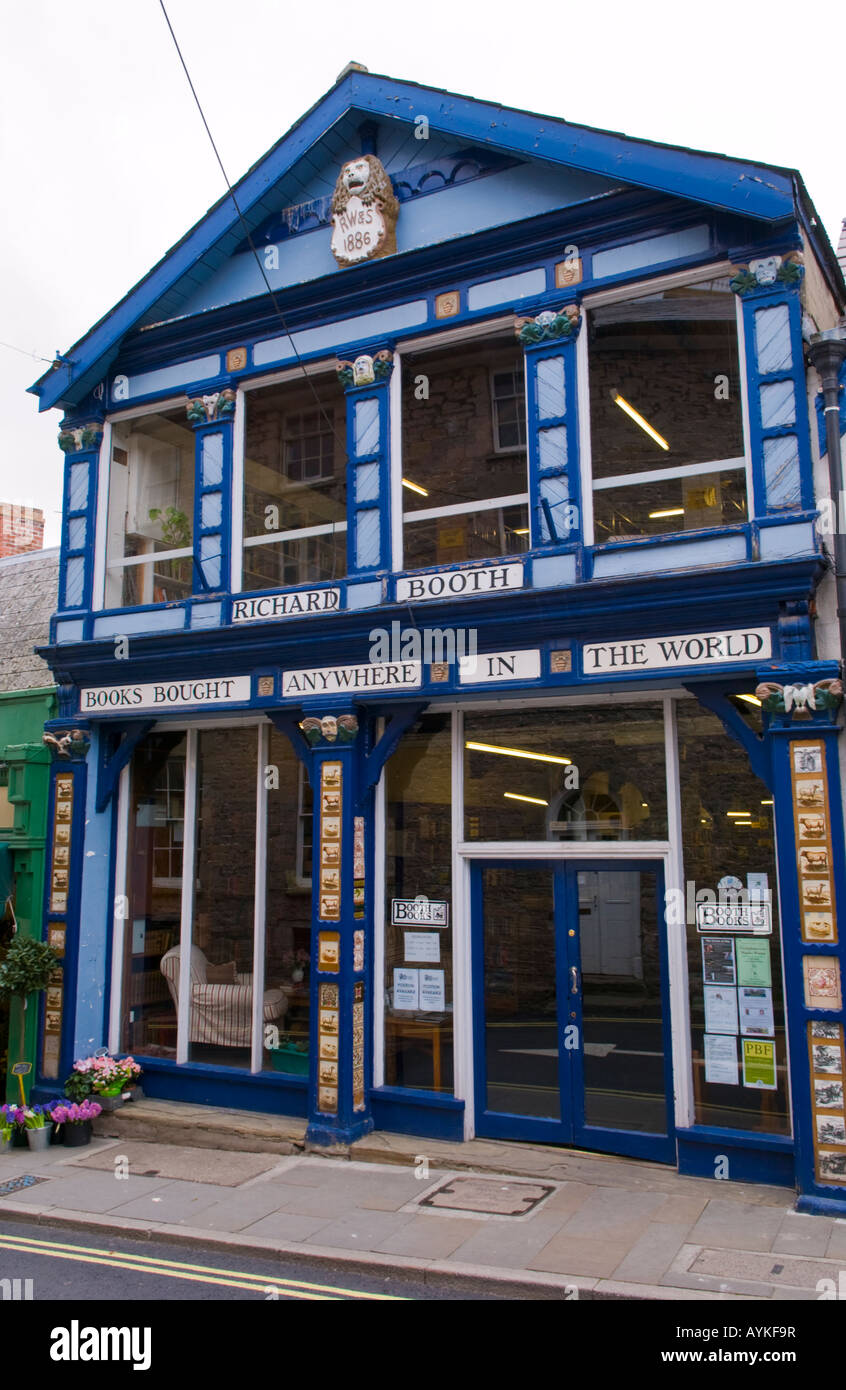 Front facade of Richard Booths Bookshop Hay on Wye Powys Wales UK EU the World's largest secondhand bookshop - Stock Image