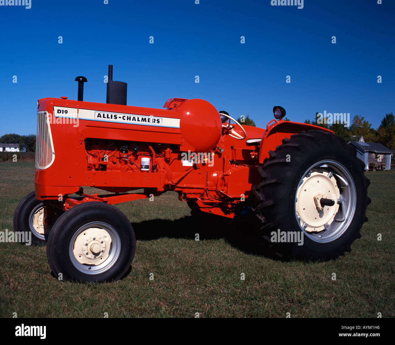 1963 Allis-Chalmers D19 Turbo tractor Stock Photo: 9791701