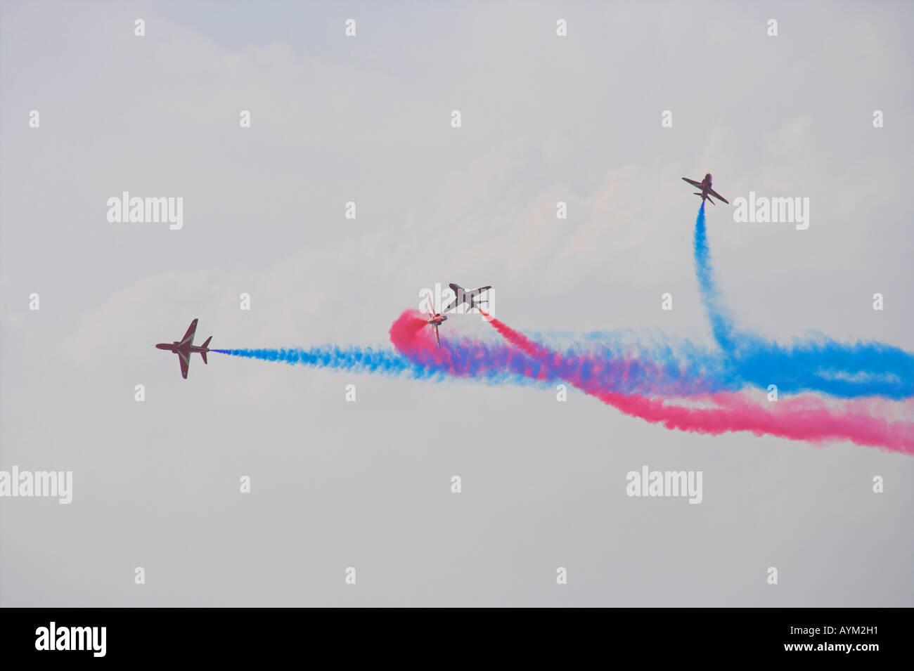 Red Arrows in splitting in a Gypo break manoeuvre - Stock Image