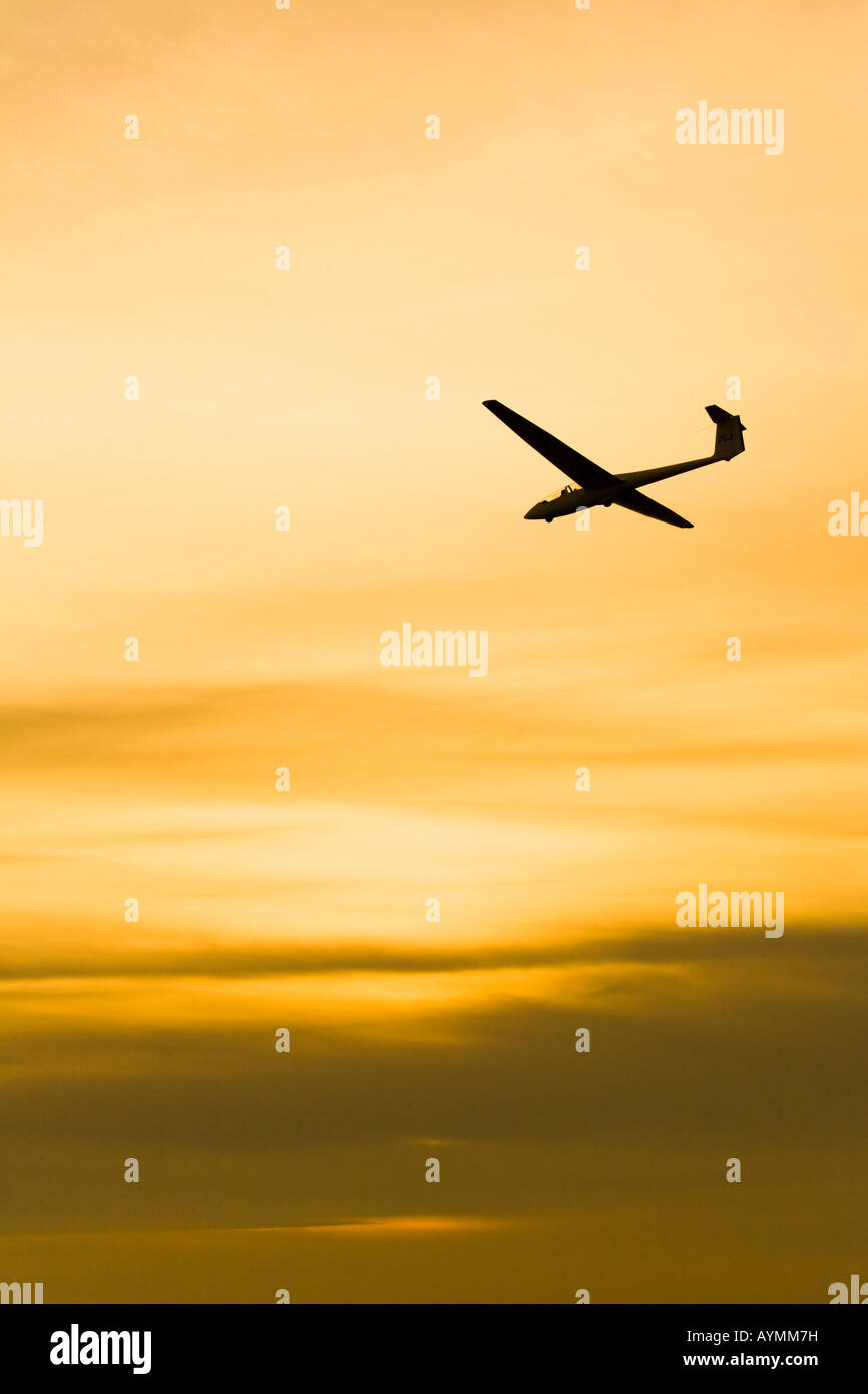 A glider coming in to land on the Long Mynd, Shropshire - Stock Image