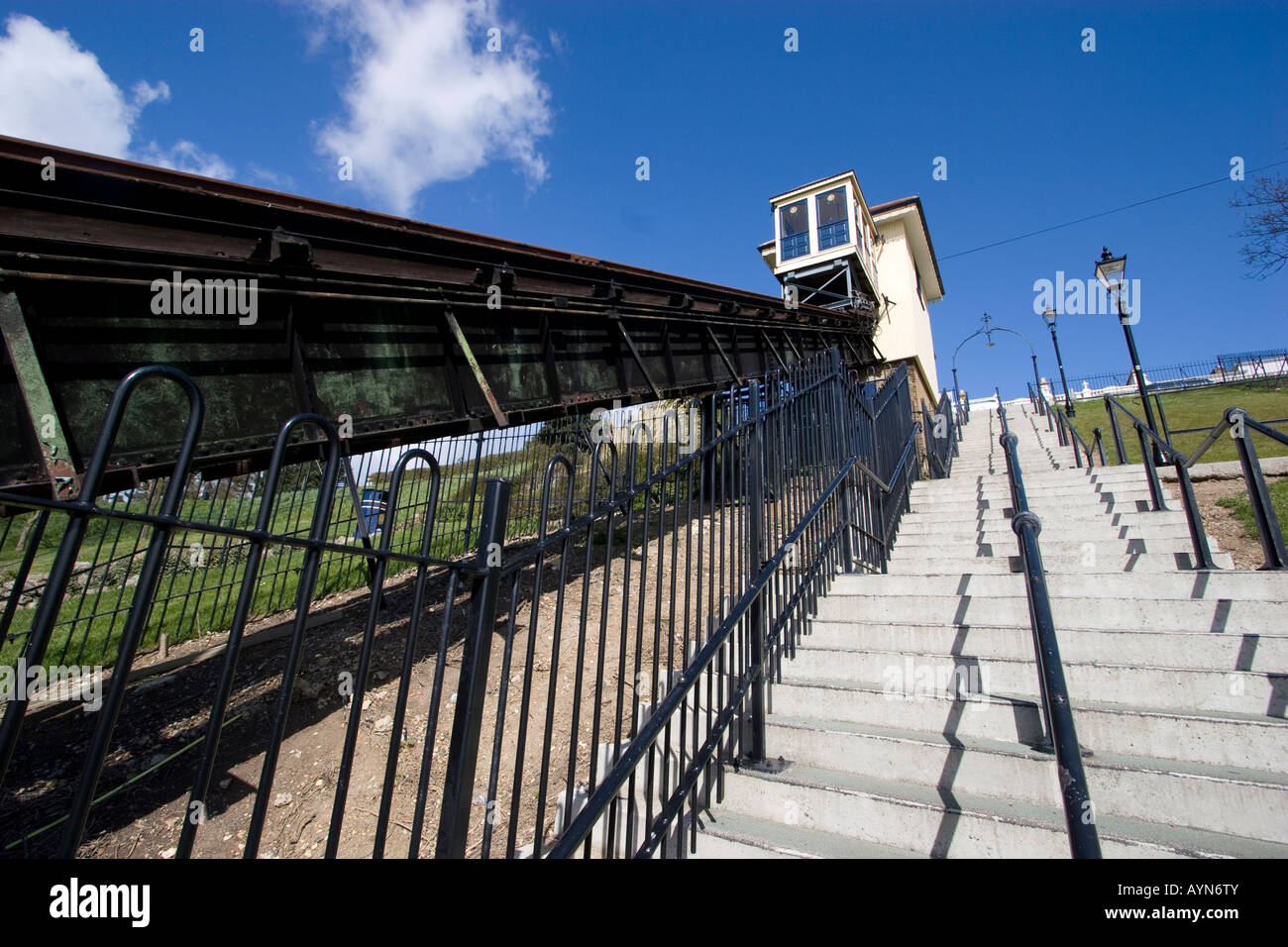 southend on sea essex cliff lift on sea front - Stock Image