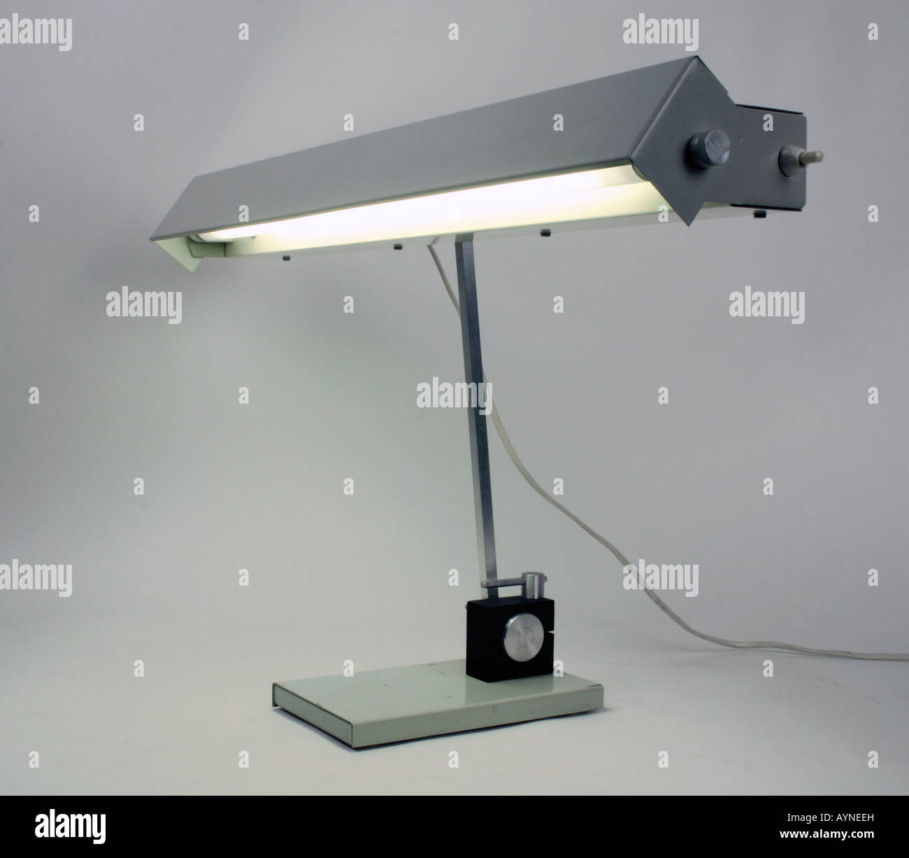 Furniture, Lamps And Light, Adjustable Fluorescent Desk Lamp TL 2020,  Produced By VEB Metealldruecker Halle, GDR, 1970s, Histori