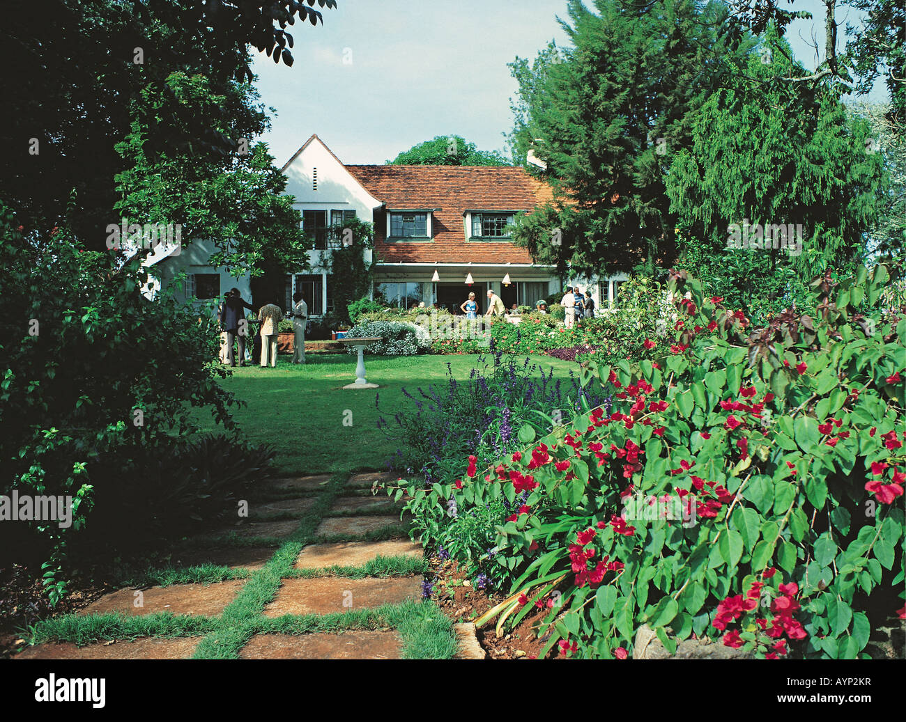 Good Class Quality European Style Modern House And Garden Rosslyn