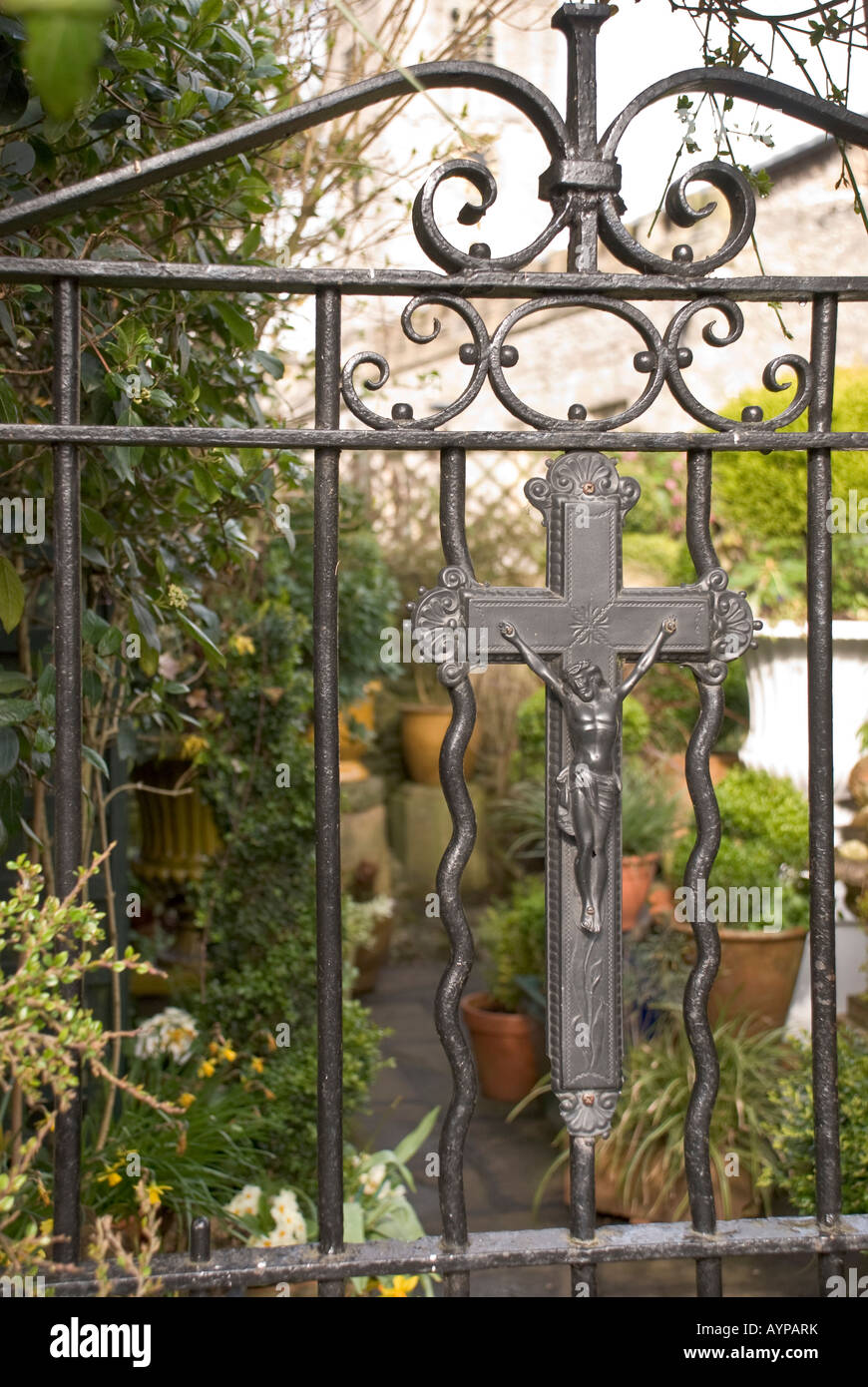 metal garden gate showing christ on the cross Stock Photo: 17157558 ...