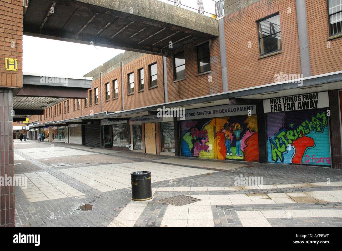 Closed shops in run down Altrincham - Stock Image