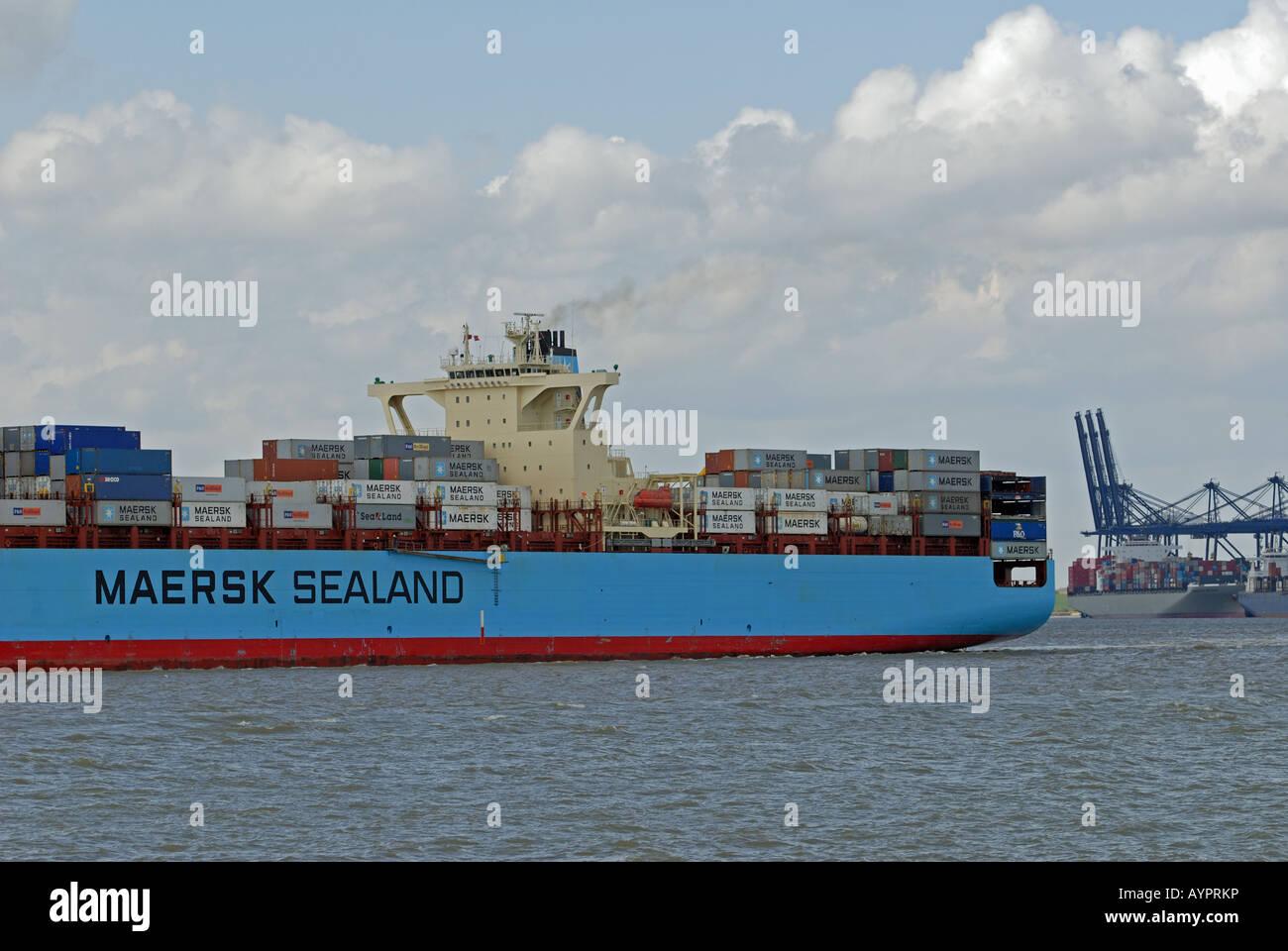 Mearsk 'Kobe' container ship, Port of Felixstowe, Suffolk, UK. - Stock Image