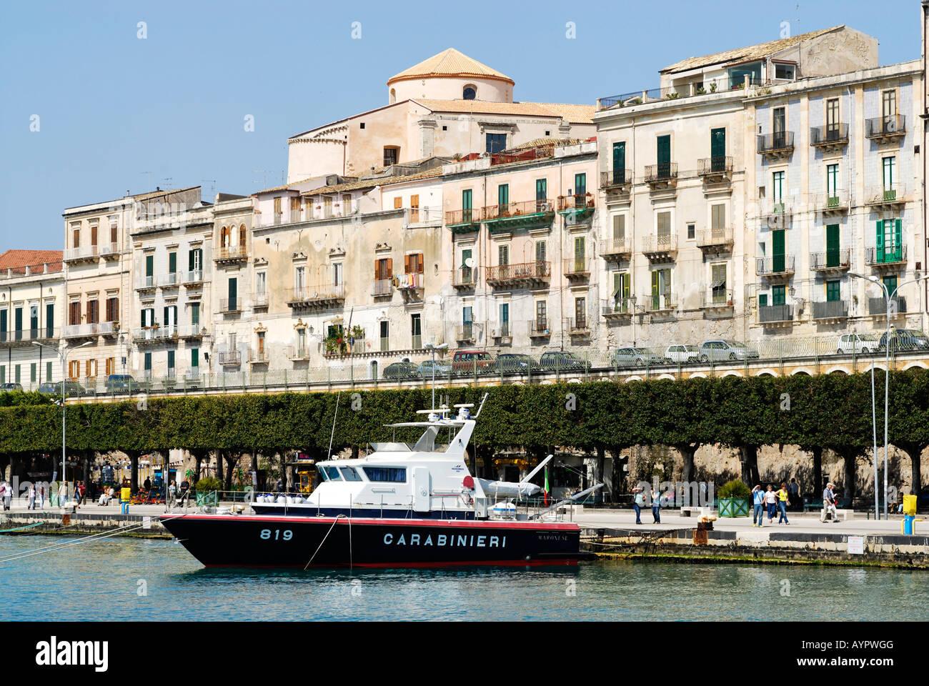 Carabinieri (Italian gendarmerie) boat in the harbour of Syracuse, Sicily, Italy - Stock Image