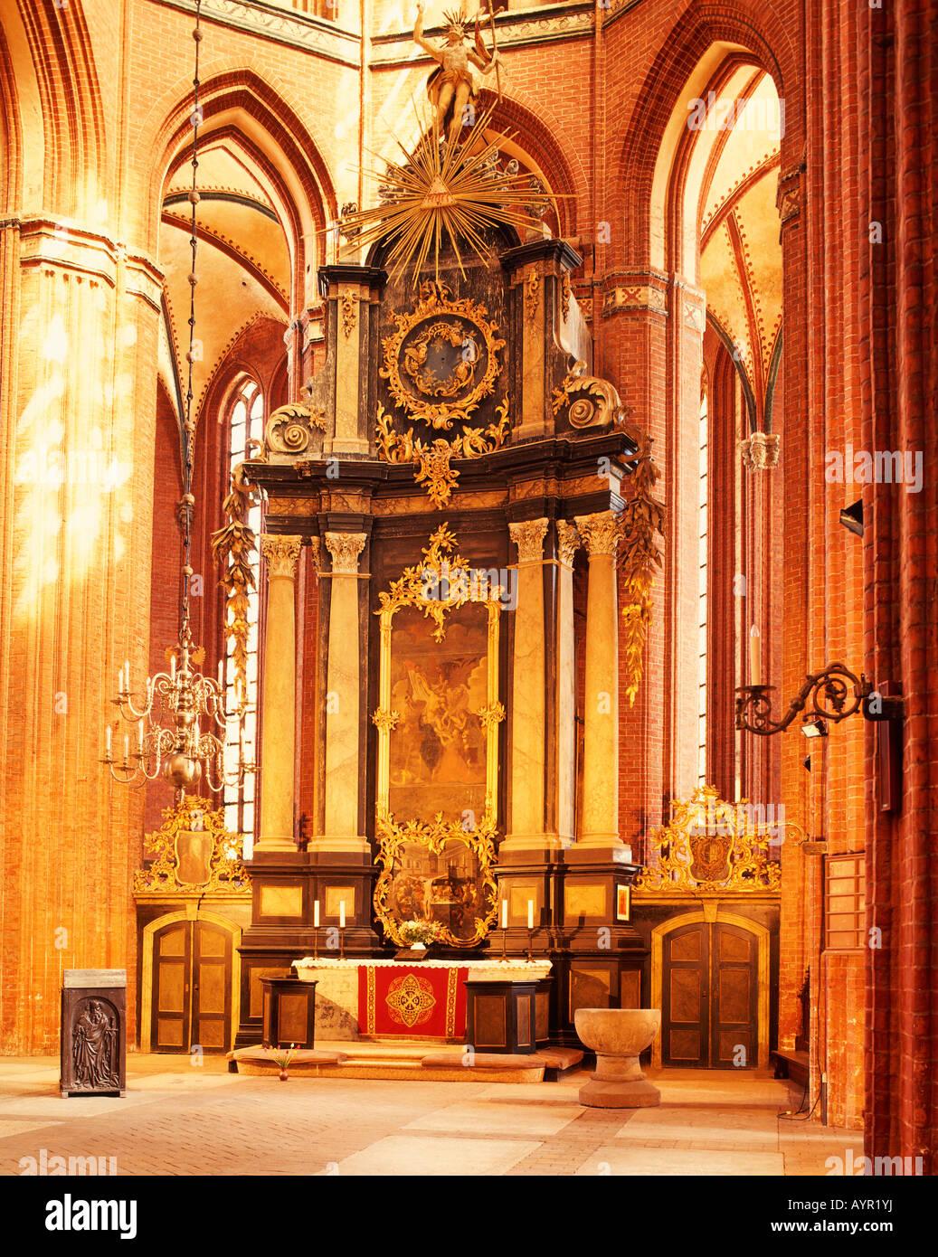 Nikolai Church, interior view, main altar, UNESCO World Heritage Site, Wismar, Mecklenburg-Western Pomerania, Germany - Stock Image