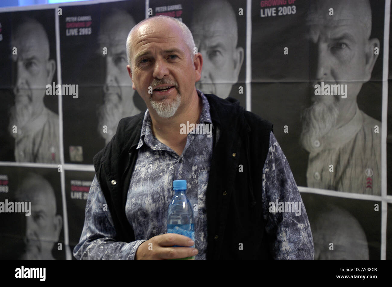 Peter Gabriel Stock Photos & Peter Gabriel Stock Images - Alamy