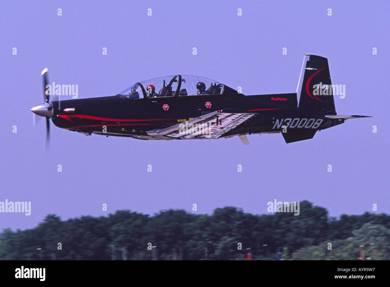 Raytheon (Hawker Beechcraft) T-6B Texan II displaying at Farnborough International Airshow - Stock Image