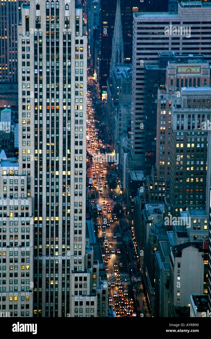 AERIAL VIEW OF FIFTH AVENUE SHOPPING HIGHSTREET NEW YORK CITY UNITED STATES OF AMERICA USA - Stock Image