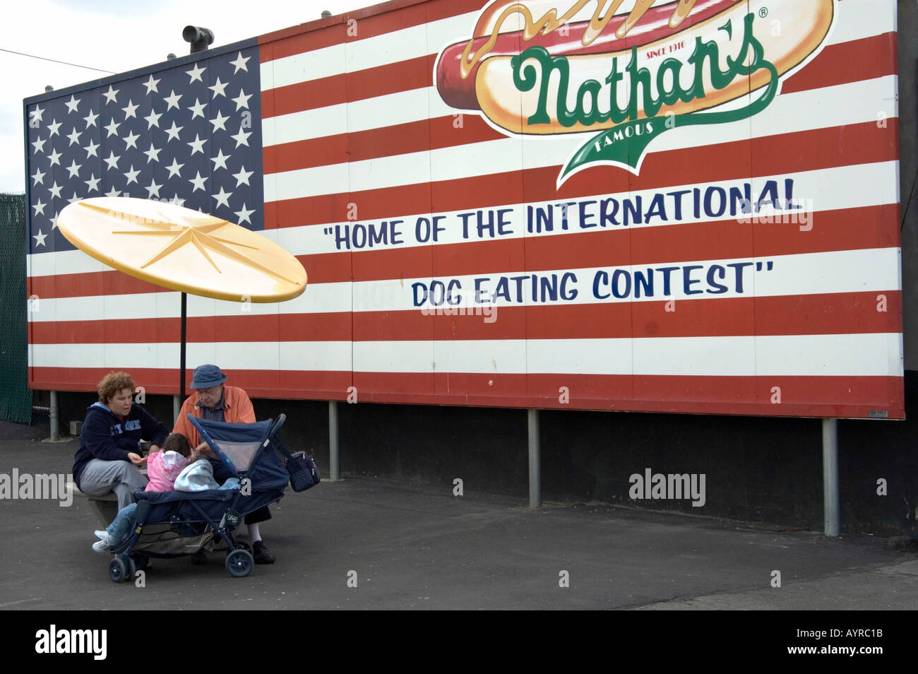 us-flag-advertising-hot-dog-eating-conte
