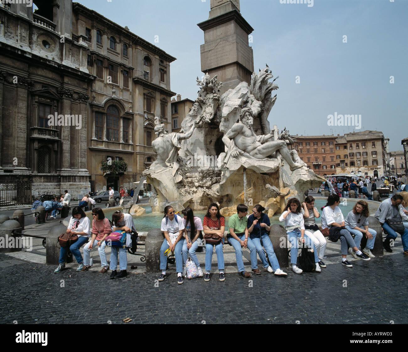 Italy, I-Rome, Piazza Navona, Fontana dei Fiumi, Bernini, well figure, tourists, UNESCO World Heritage Site - Stock Image