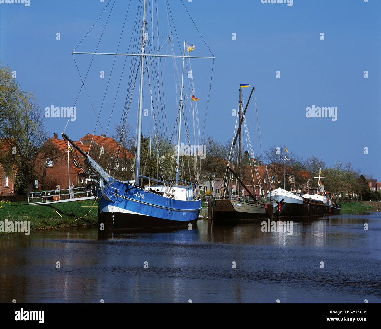Segelschiffe im Schiffahrtsmuseum, Freilichtmuseum, Haren, Emsland, Niedersachsen Stock Photo