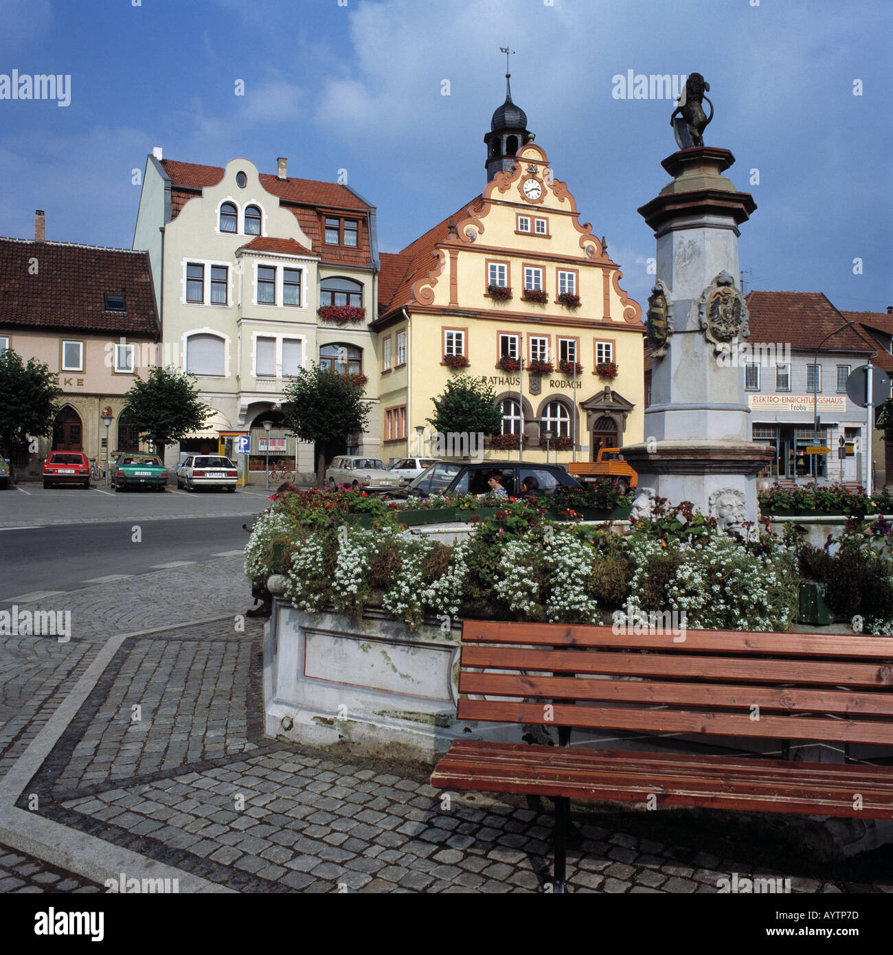 Marktplatz Mit Marktbrunnen Und Rathaus Rodach Coburger