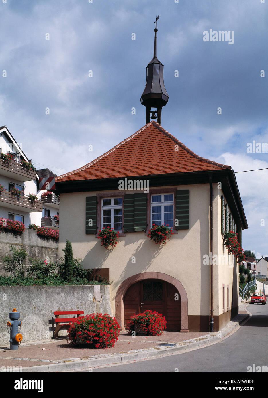 Feuerwehr-Spritzenhaus in Ihringen-Wasenweiler, Breisgau, Oberrhein, Schwarzwald, Baden-Wuerttemberg Stock Photo
