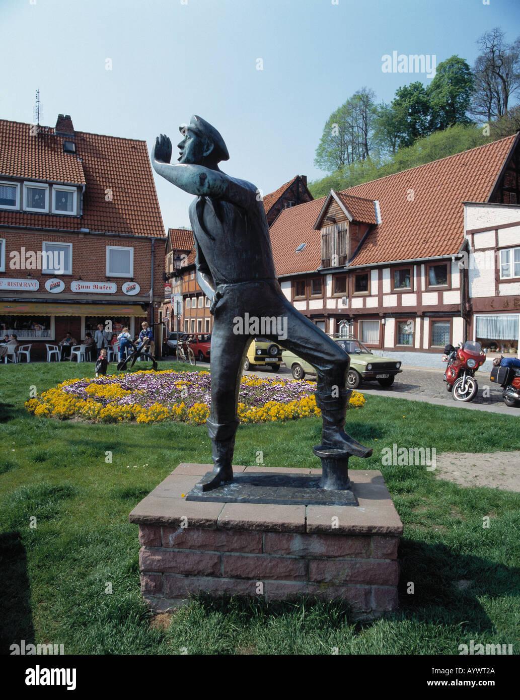 Denkmal Der Rufer am Ufer der Elbe in Lauenburg, Elbe, Schleswig-Holstein Stock Photo