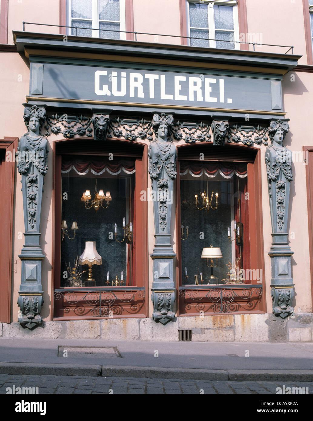 Antiquitaetenladen Guertlerei, Schaufenster, Weimar, Thueringen - Stock Image