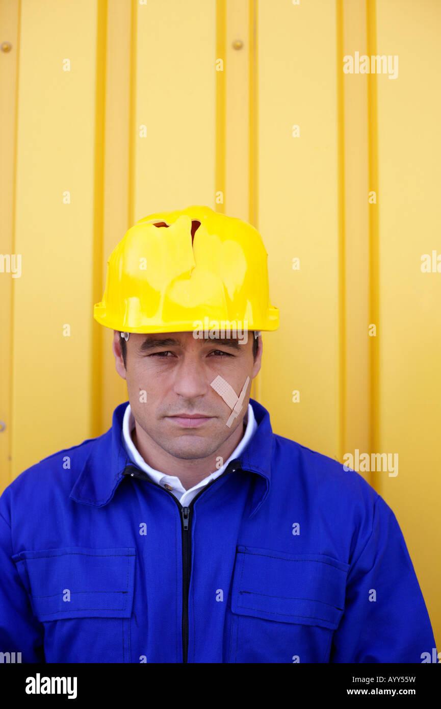Hurt worker - Stock Image