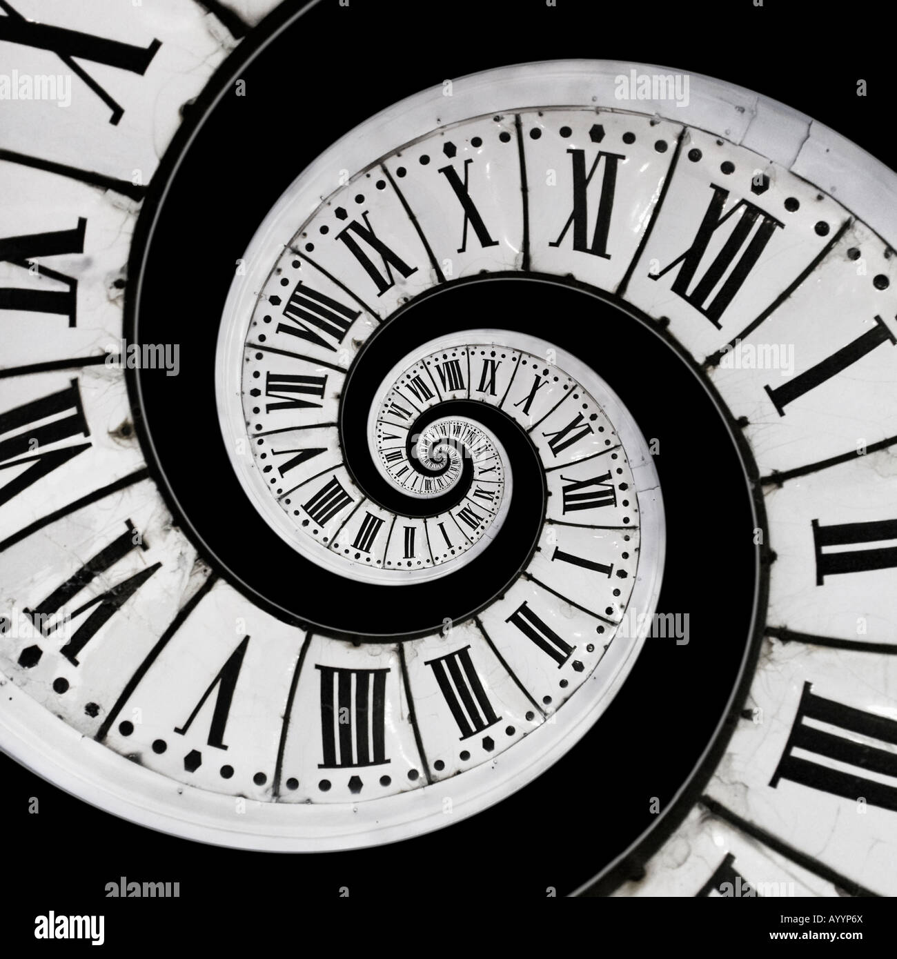 Placement at the centre of an old clock face of a small copy of the same clock face. Mise en abîme d'un - Stock Image