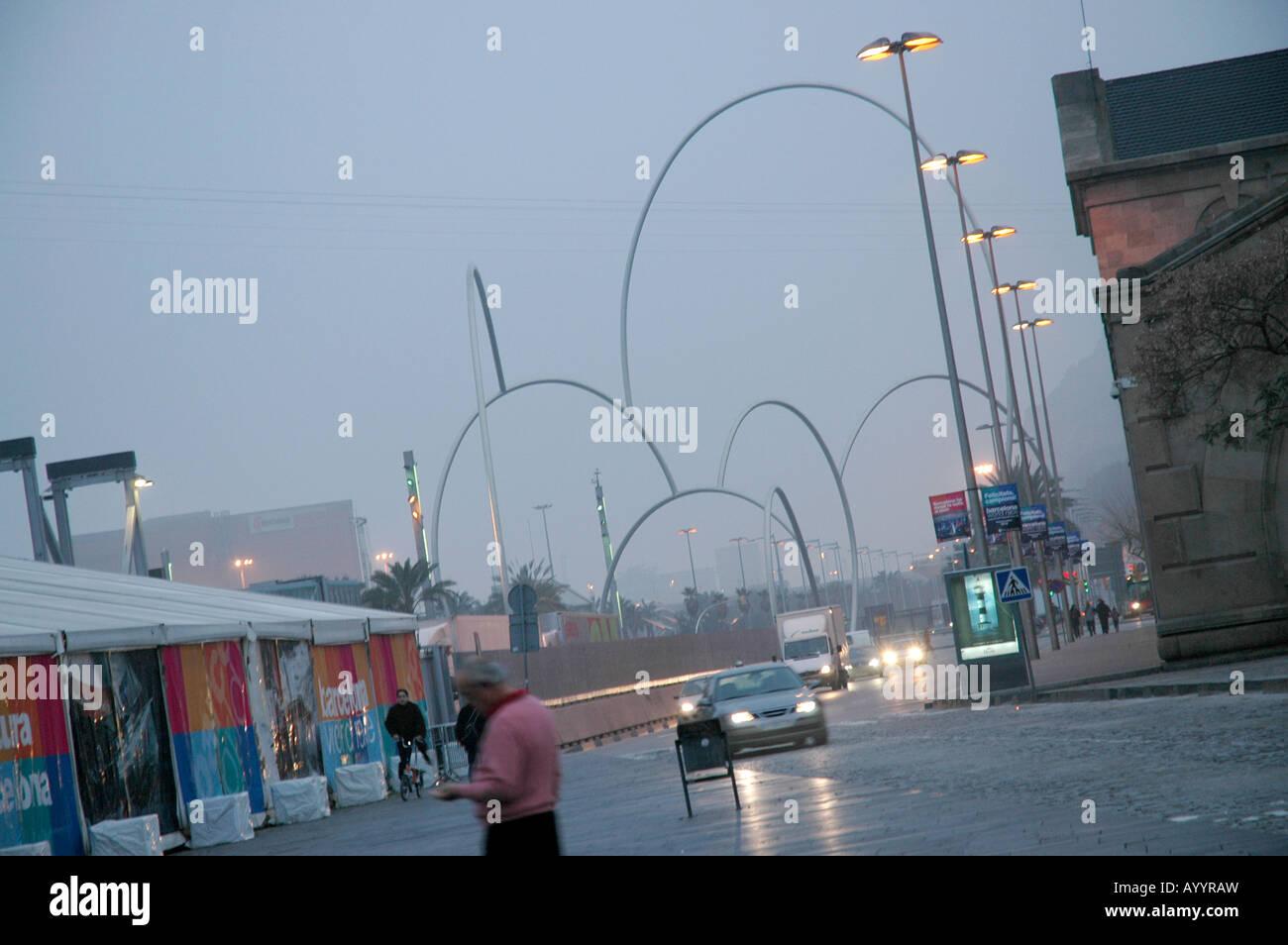 Barcelona in the evenings Abends tungsten light Kunstlicht urban town city Stadt city town urban port Hafen - Stock Image