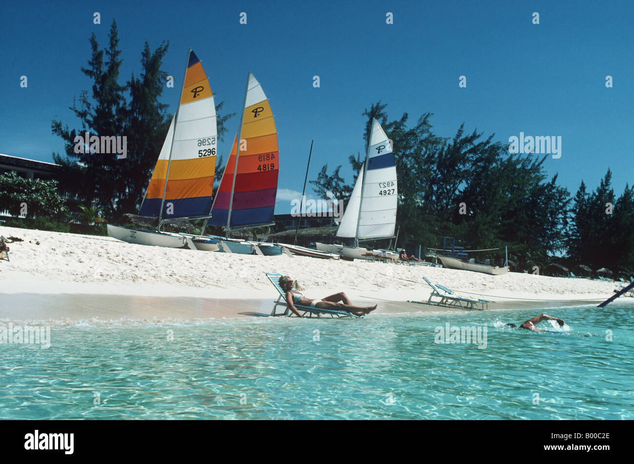 Seven Mile Beach Grand Cayman IsleThere is seven miles of beach sweeps the entire west side of the island and is - Stock Image