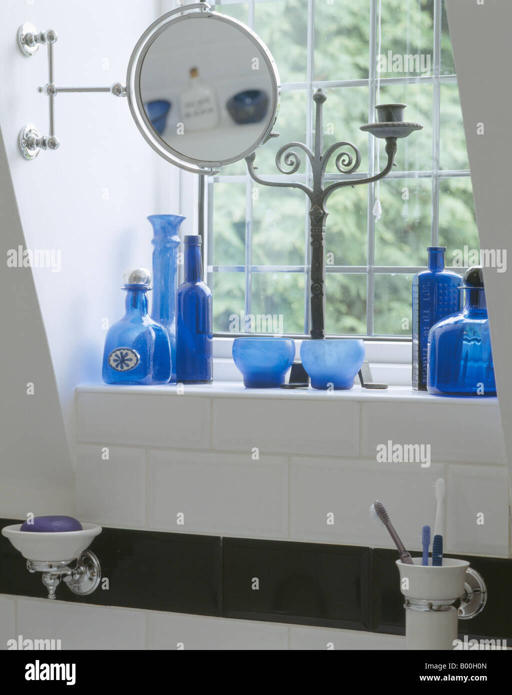 Bathroom With Circular Window Stock Photos & Bathroom With Circular ...