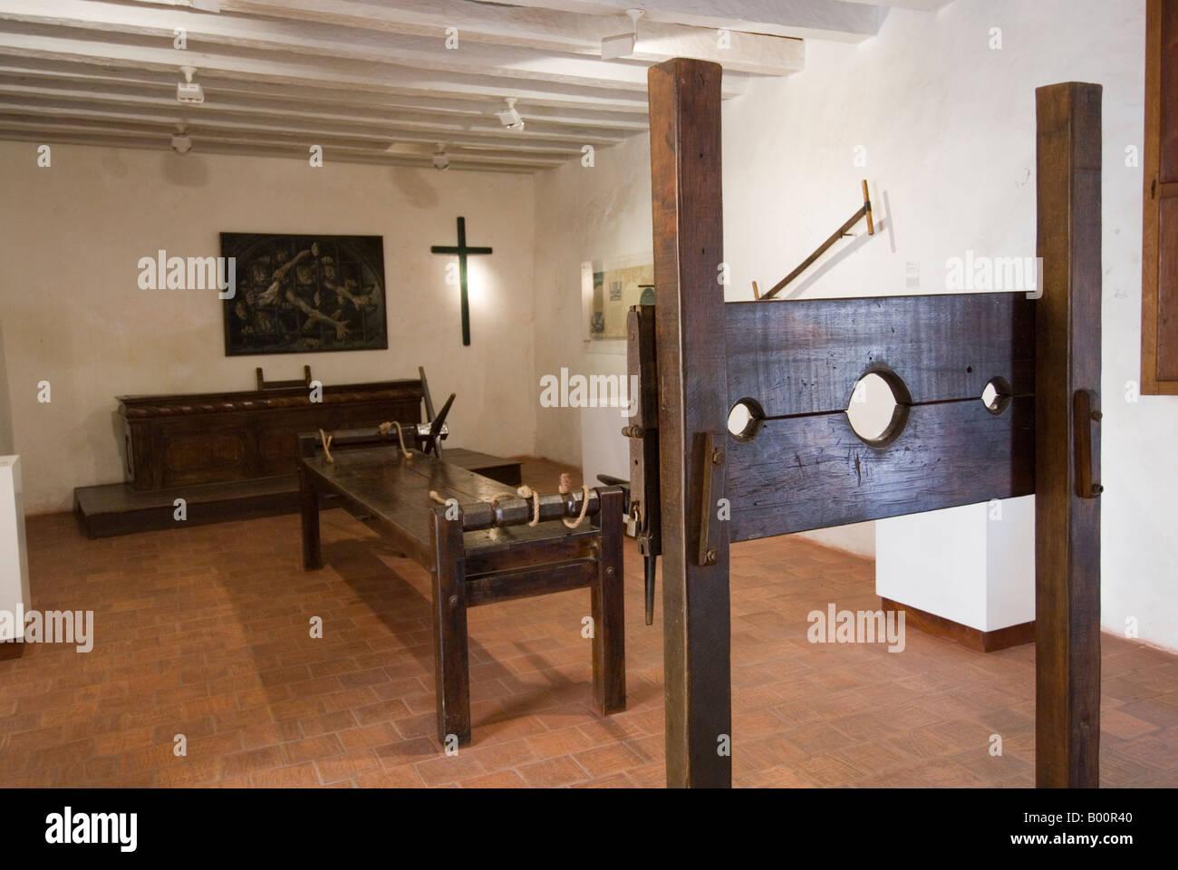 Instruments of torture in the Palacio de la Inquisicion, Cartagena, Colombia - Stock Image