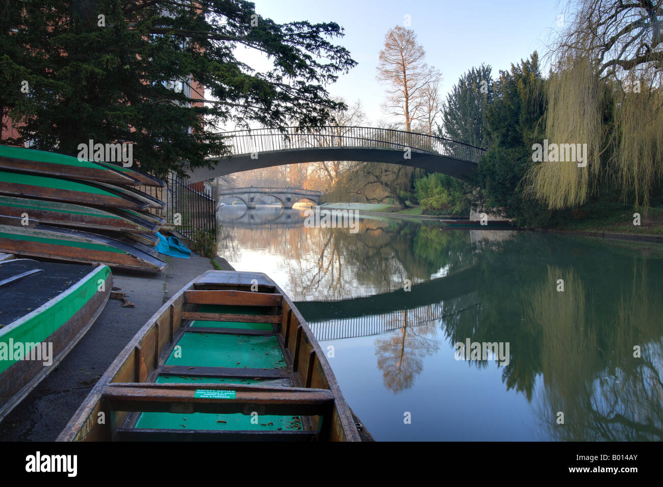 Punts at Trinity College Cambridge, River Cam and the bridges. - Stock Image