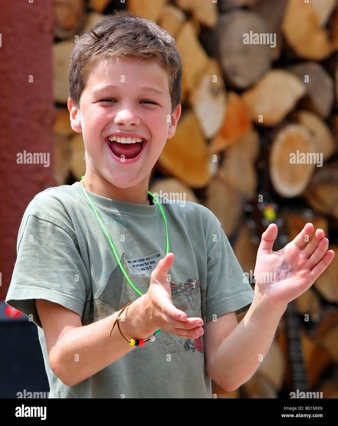 boy clapping hands stock photos boy clapping hands stock images