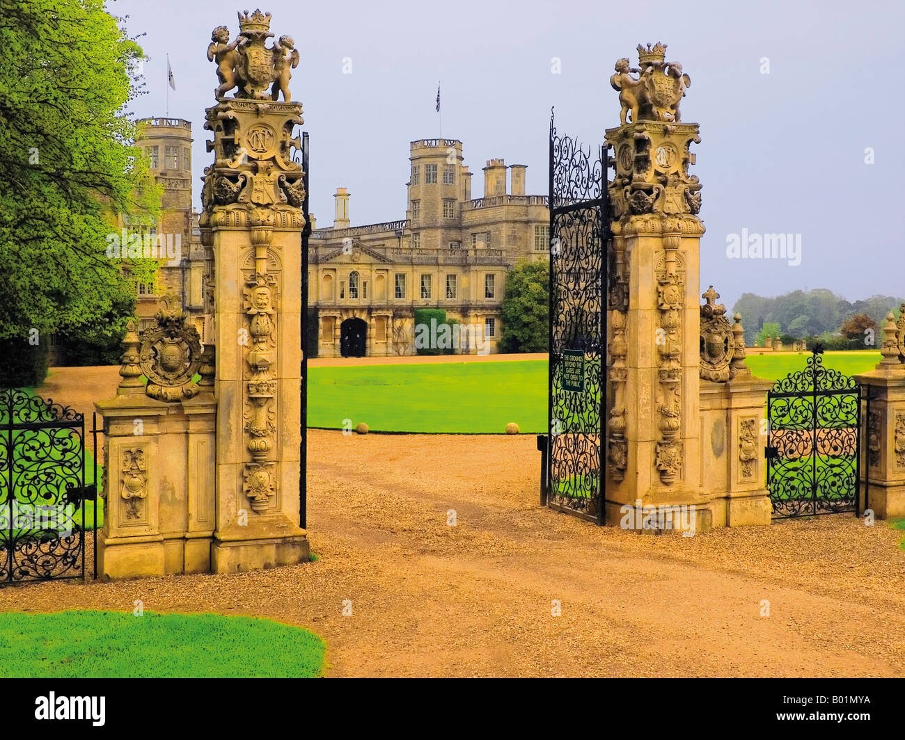 Stately Home Manor Palace Aristocracy Nobility Wealth Millionaire House Houses  Home Homes Property Properties Real Estate