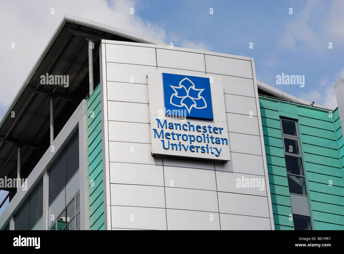 Manchester Metropolitan University building situated next to the mancunian Way - Stock Image