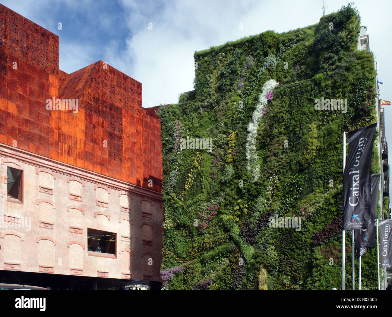 Caixa forum museum and vertical garden madrid stock photo - Garden center madrid ...