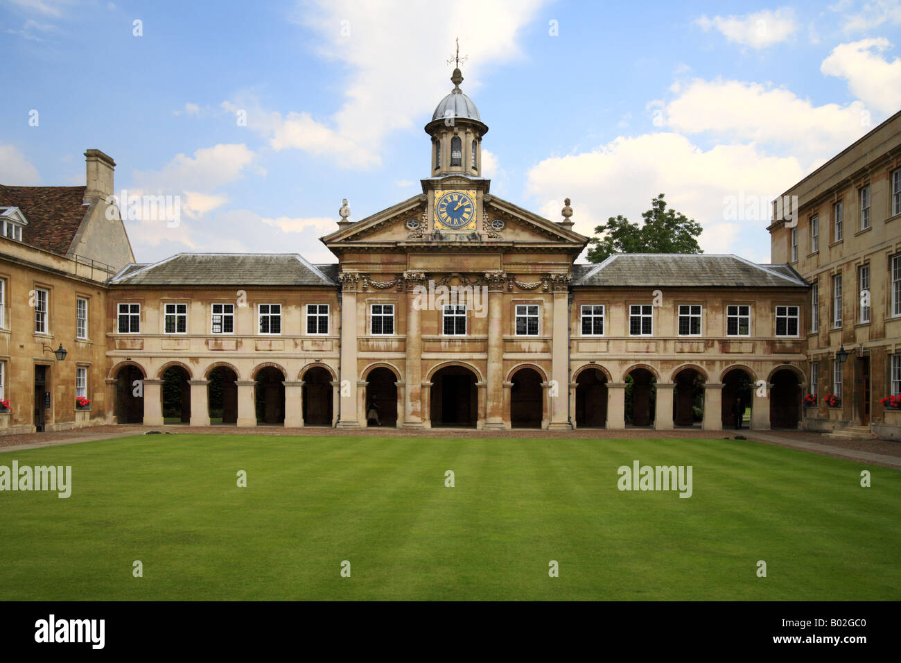 'Emmanuel College' Cambridge university courtyard stripped lawn and college buildings. - Stock Image