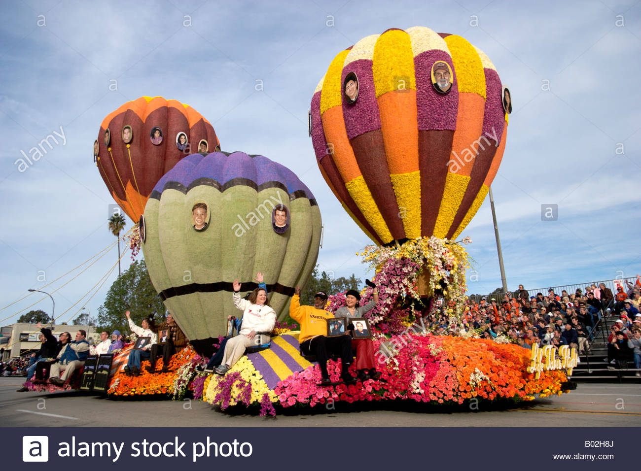 Donate Life s Life Takes Flight Rose Float at the 2008 Tournament of Roses Parade Pasadena California - Stock Image