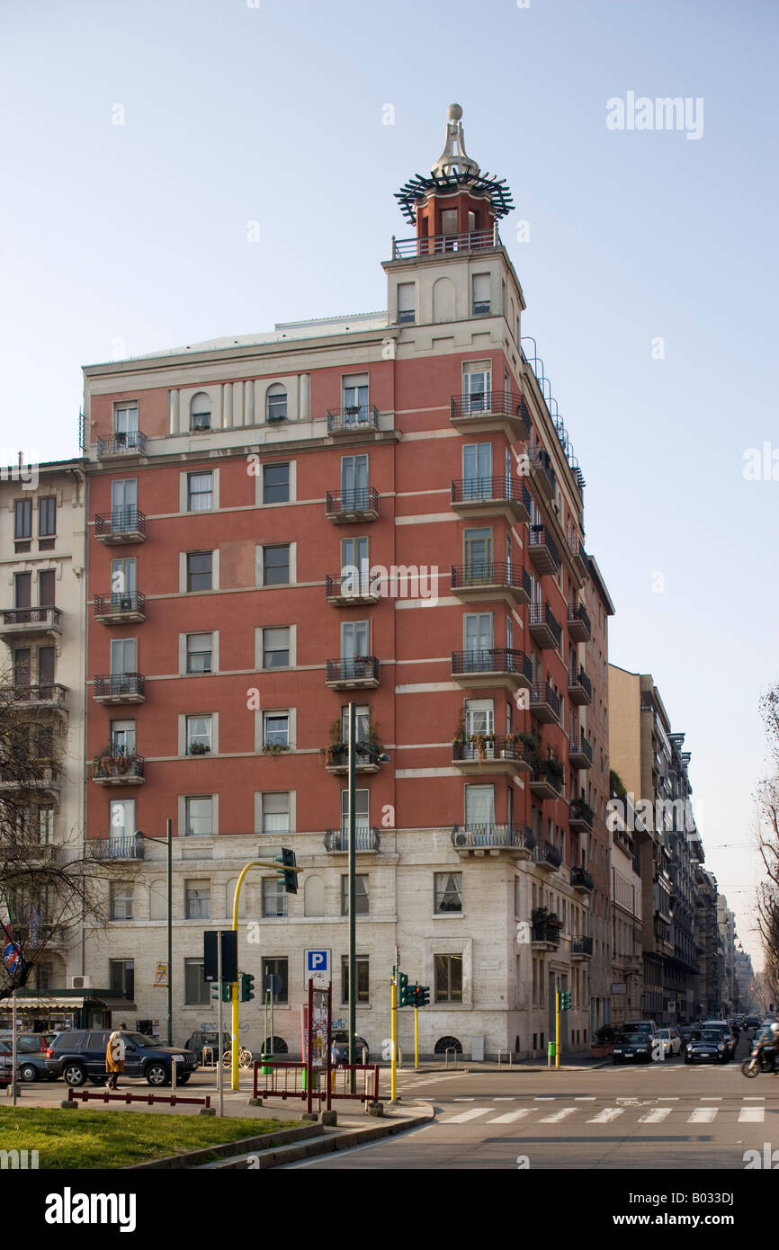 Apartment block in Via Domenichino, Milan. Gio Ponti and Emilio Lancia - Stock Image