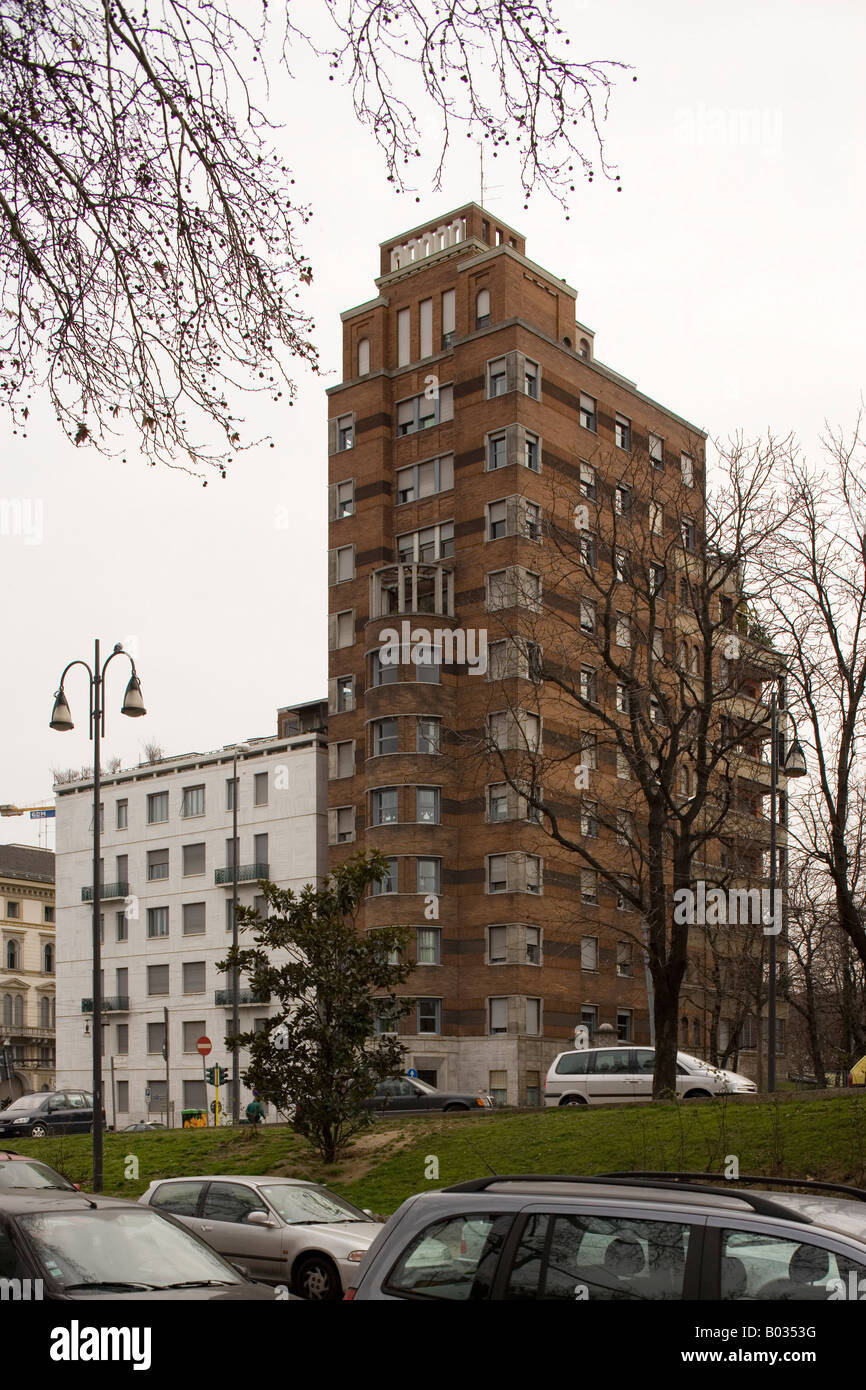 Torre Rasini and Private House, Milan. Gio Ponti and Emilio Lancia - Stock Image