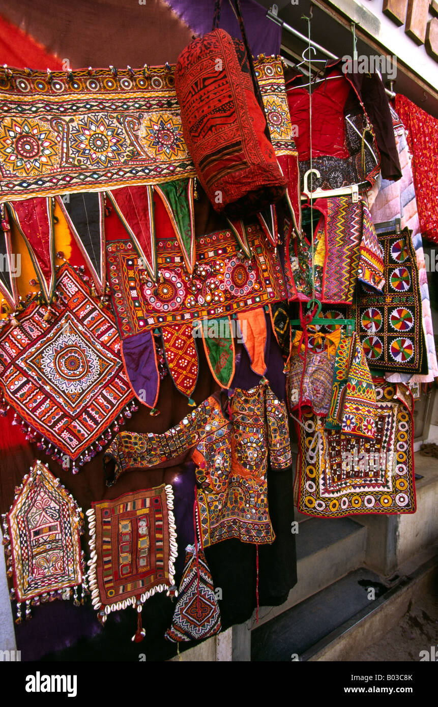 modern history of the jaipur textile handicraft in asia The city palace of jaipur where the royal family of jaipur still resides  and stores housing handicrafts, artifacts, traditional handlooms, rugs etc.