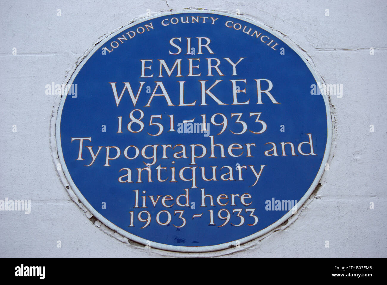 london county council blue plaque marking a former home of sir emery walker, in hammersmith terrace, west london, Stock Photo