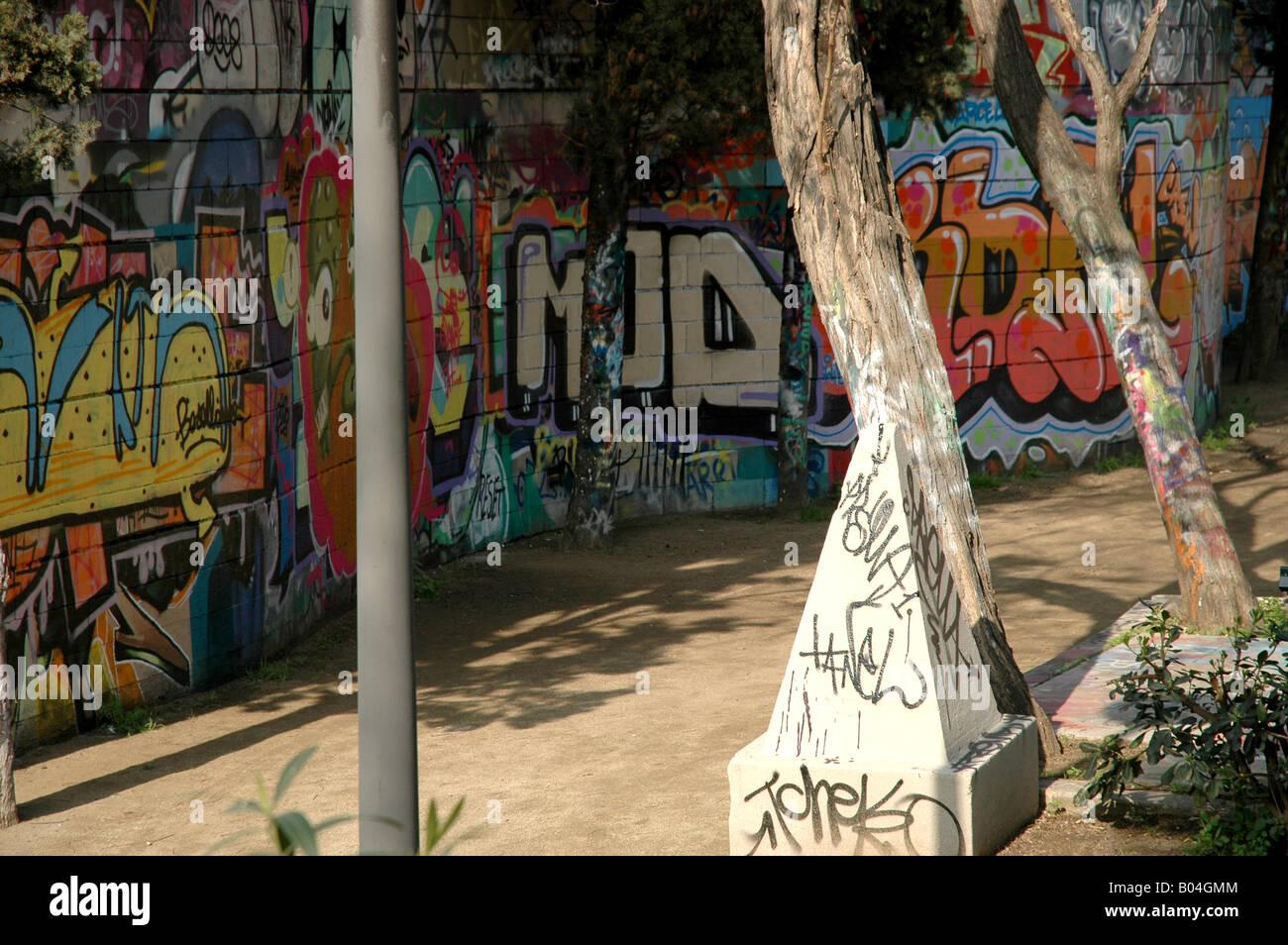 Tageslicht daylight sonnig sunny sunshiny Graffiti graffiti - Stock Image