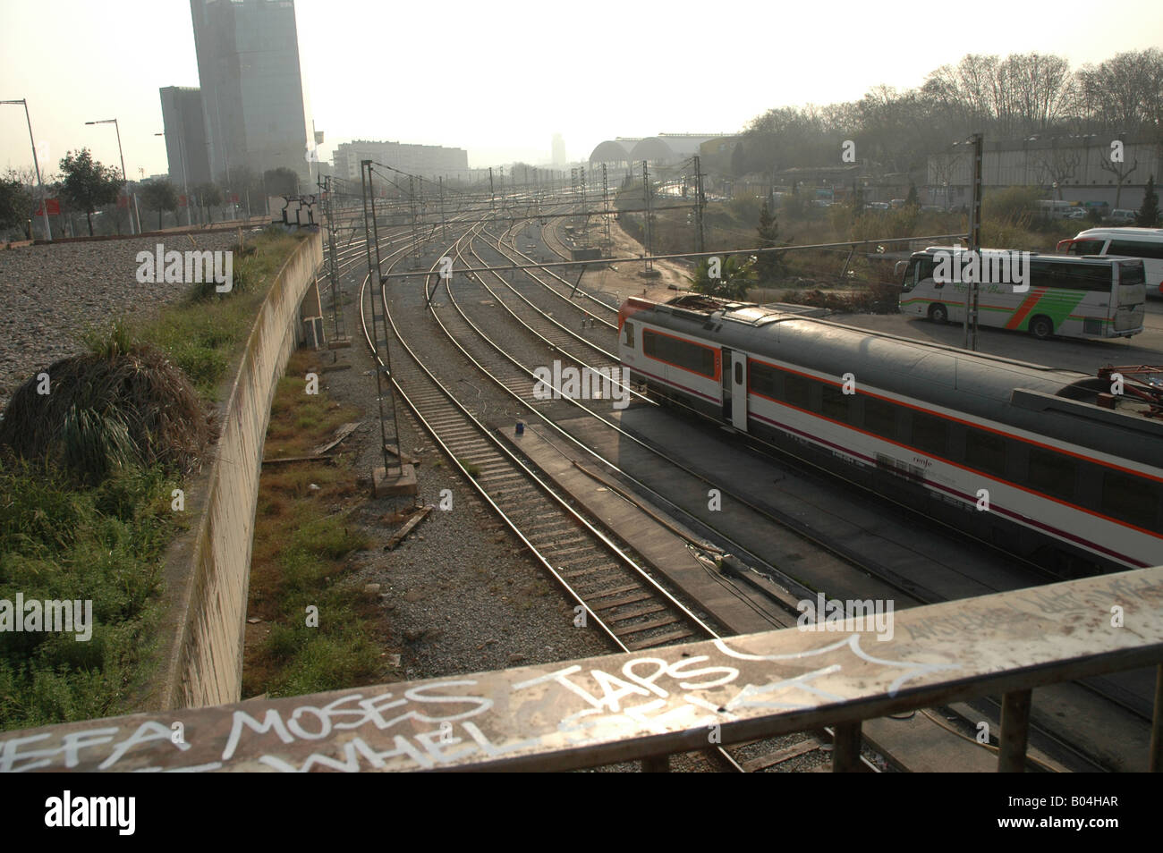 Bahnanlage railway construction Gleise rails Stadt city town urban - Stock Image