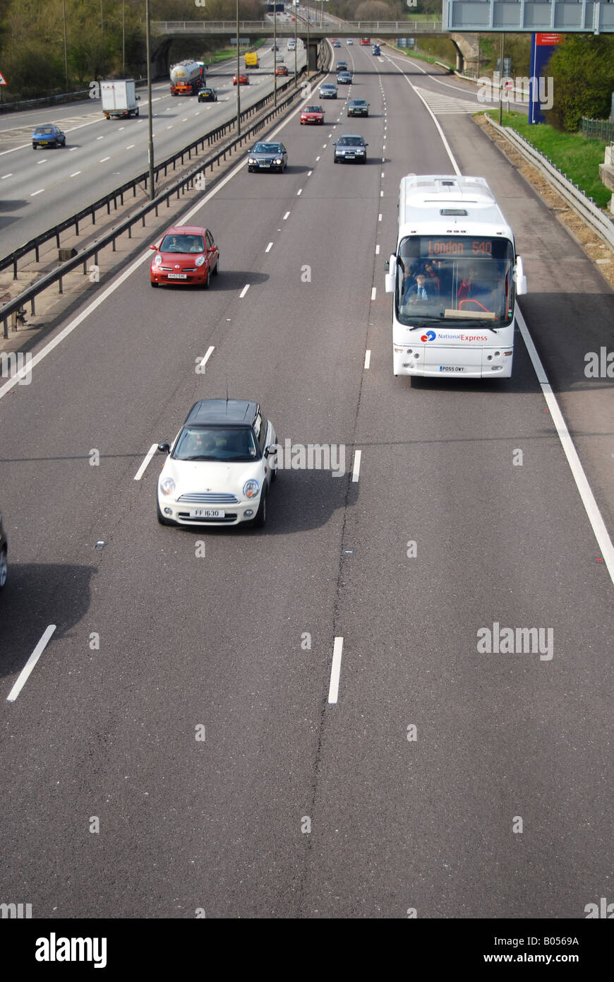 M1 motorway cars coach fast middle slow lanes Stock Photo: 17325094 ...