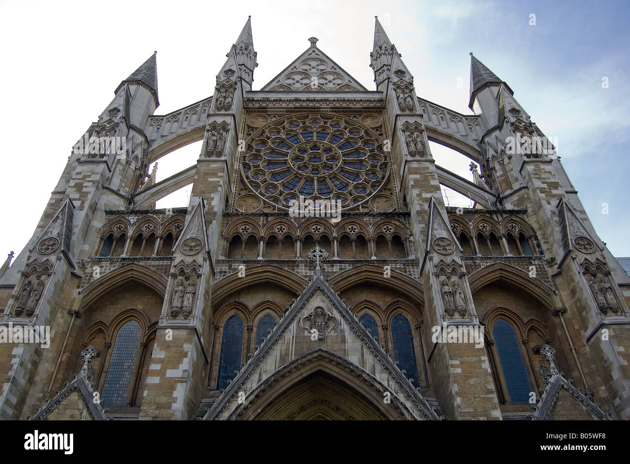 Looking up at the North Entrance of Westminster Abbey Stock Photo