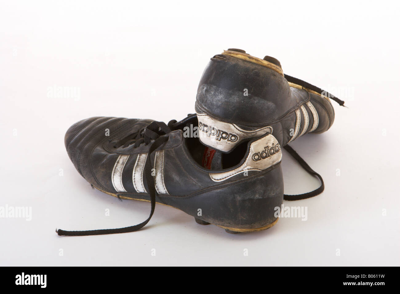 official images new arrive new arrive Old football boots pair Stock Photo: 17342917 - Alamy