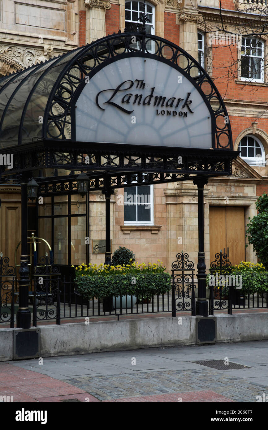 The entrance to The Landmark Hotel, London, UK - Stock Image